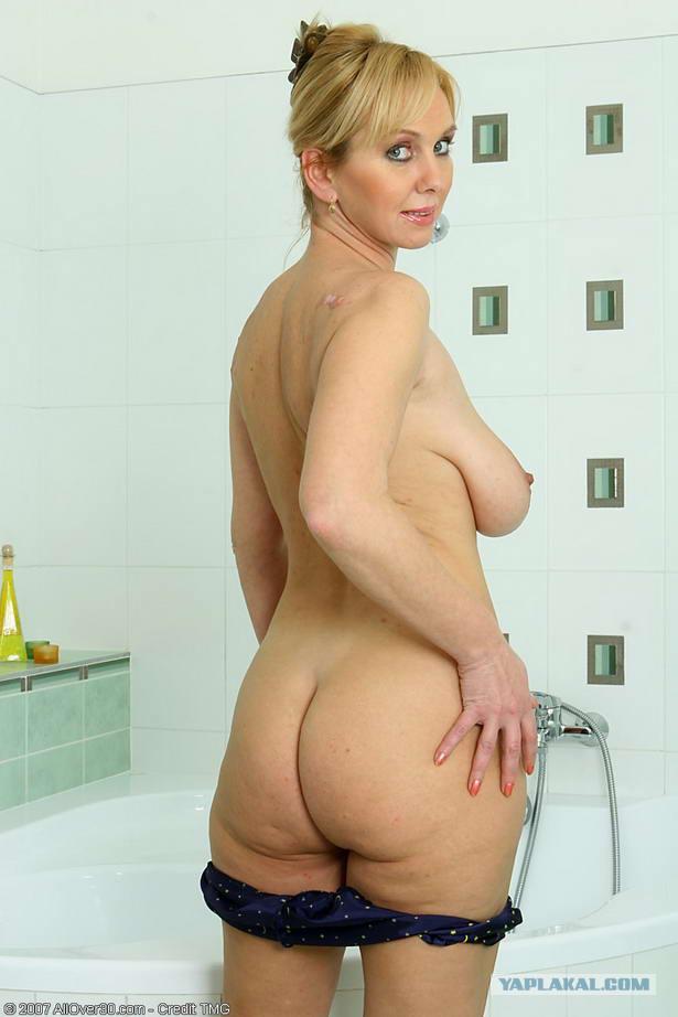 Как выглядят голые тётьки