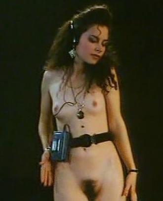 порно актриса на презентации оголилась новости
