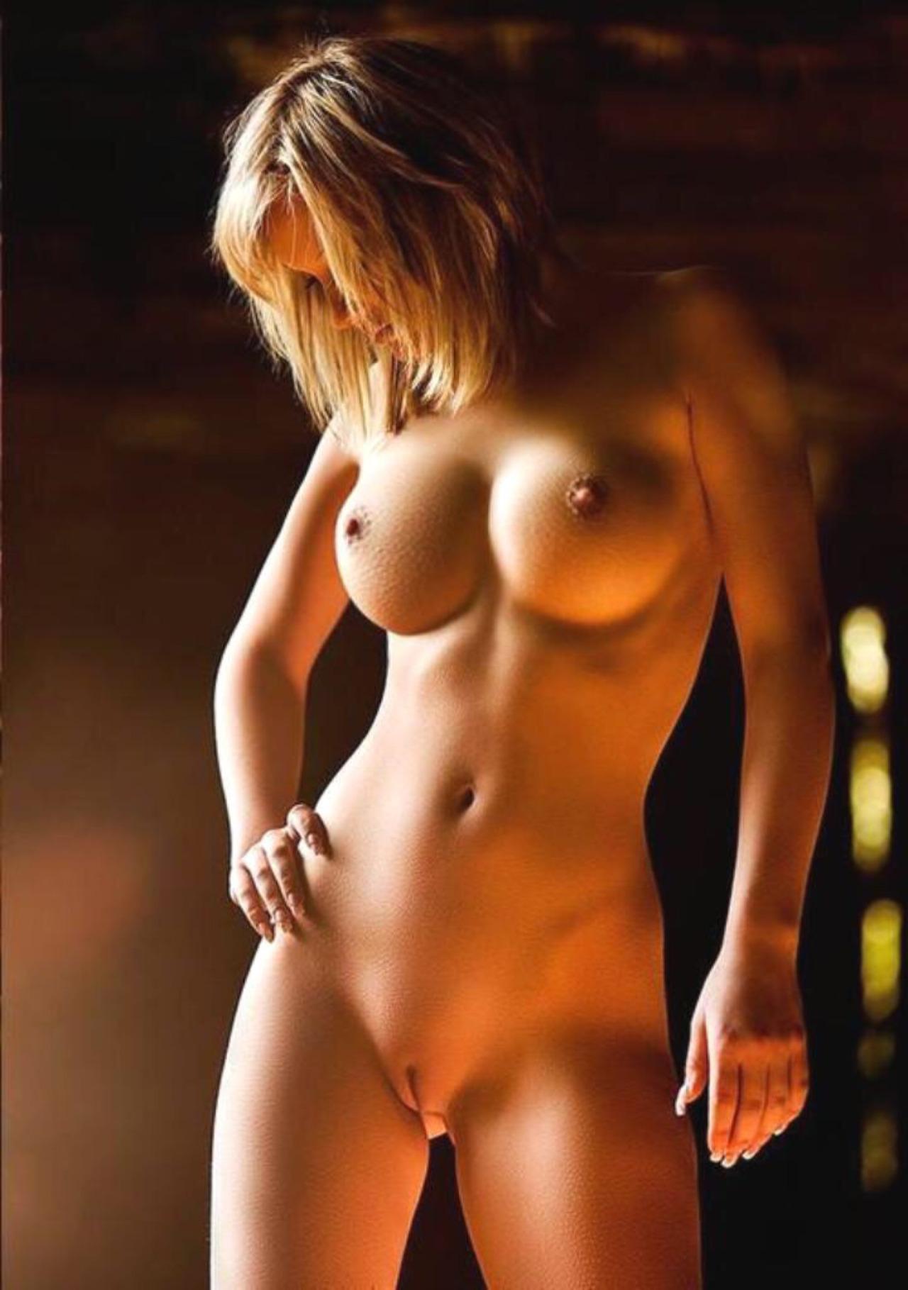 Красивые голые тела девочек