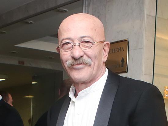 Александр Розенбаум в тяжёлом состоянии находится в больнице