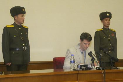 Сорвавший агитплакат в пхеньянском отеле студент из США получил 15 лет колонии