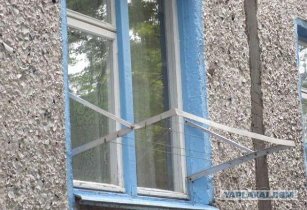 Как сделать сушку белья за балконом 152