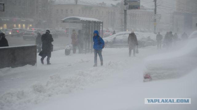 Метеорологи предупредили москвичей о вероятности стихийных бедствий