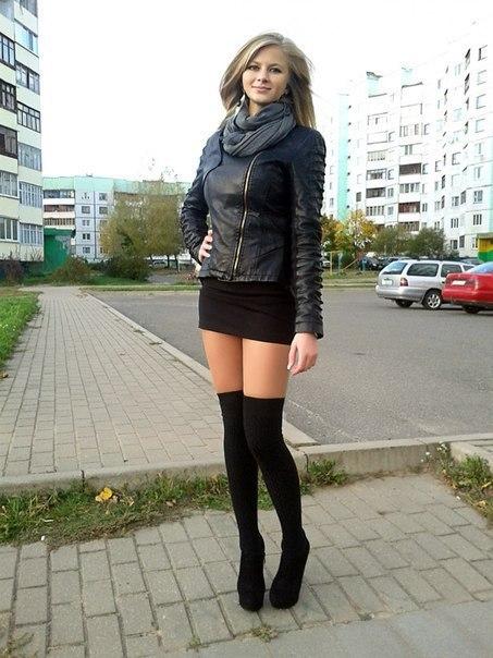 фото красивых девушек в коротких юбках колготках