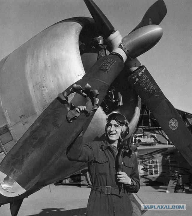 Простреленная лопасть истребителя P-47 ВВС США