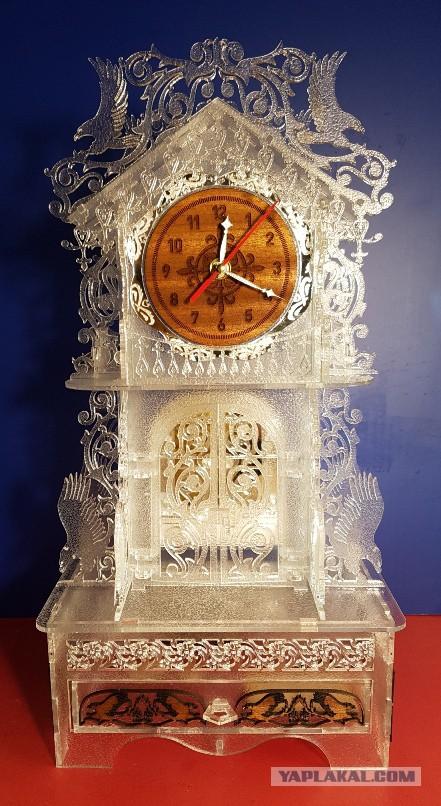 """продаю Интерьерные часы """"Башня с орлами"""""""