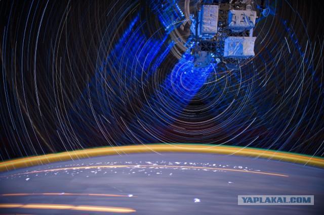 Фото из космоса с длинной выдержкой.