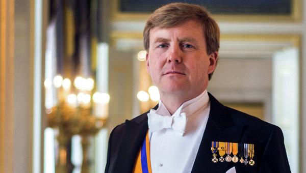 Король Нидерландов 21 год работал пилотом пассажирских самолётов инкогнито