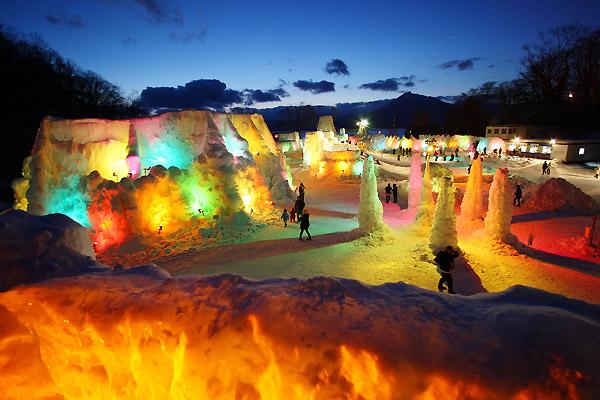 Снежный фестиваль в Японии