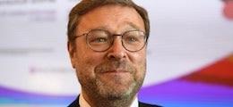 CовФед попросил отменить санкции против России из-за обвала нефти и рубля