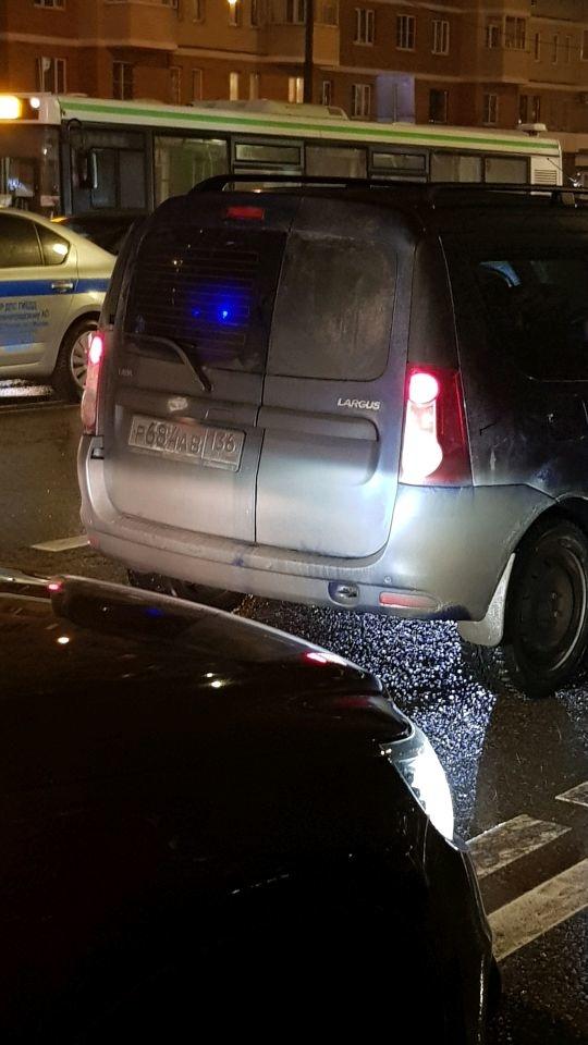 Водитель сбил женщину с двумя детьми на пешеходном переходе в Зеленограде