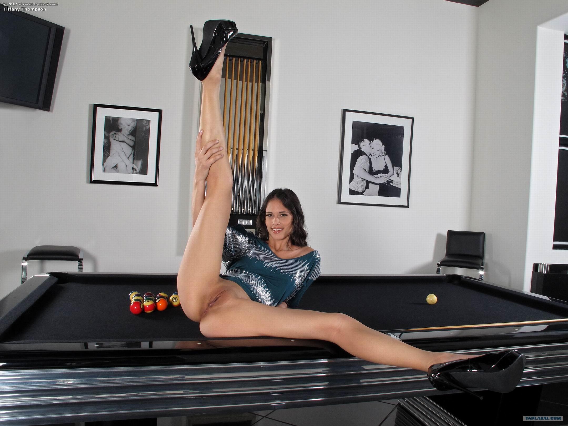 Смотреть онлайн секс за бильярдным столом 21 фотография