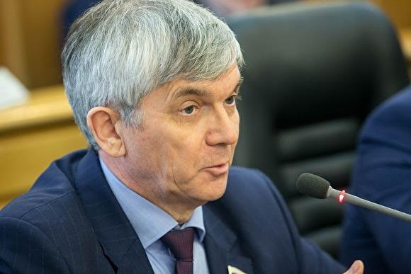 Депутат-единоросс рассказал о штрафах в Госдуме и «скромных» служебных квартирах