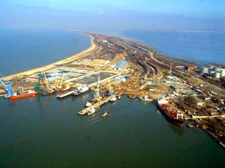 Россия уже не хочет строить мост через Керченский