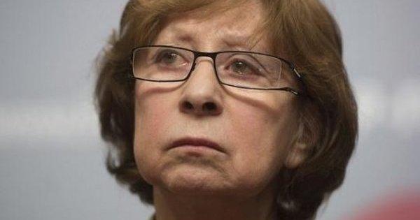 Ахеджакова пожаловалась, что ее считают «террористкой» из-за позиции по Крыму