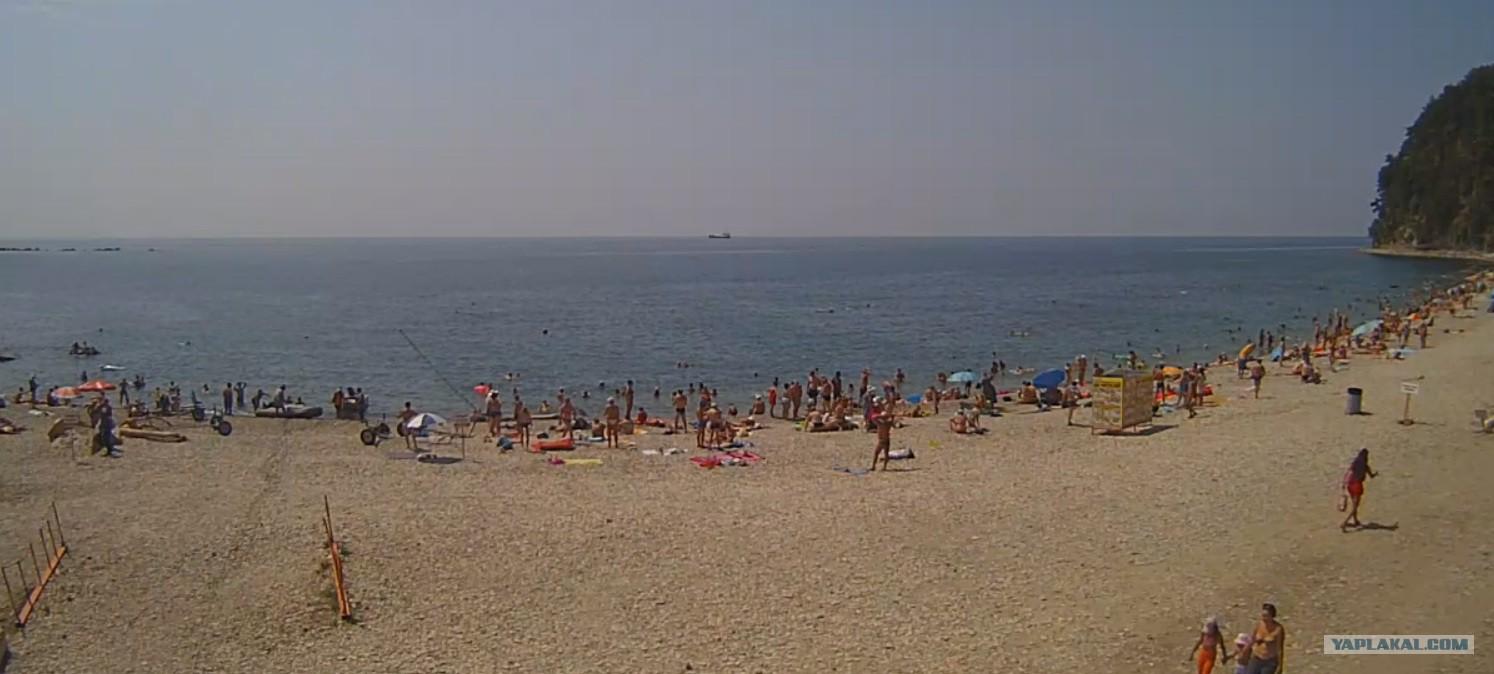 Сфоткал сестру на пляже 7 фотография