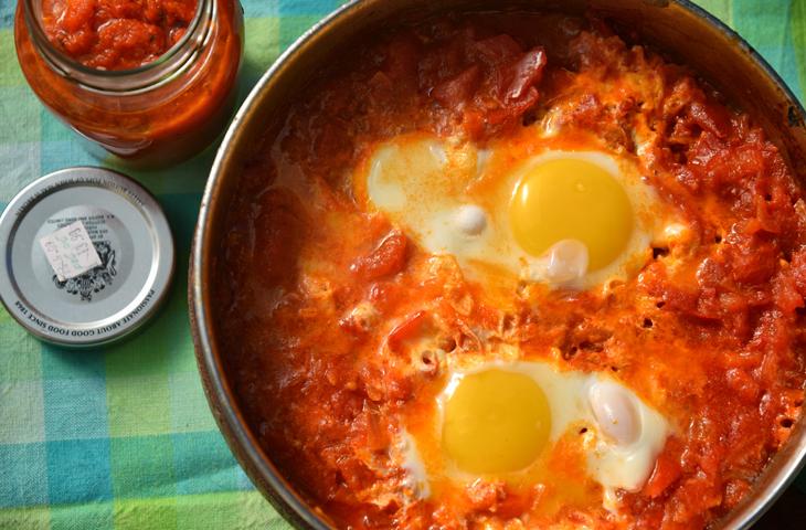 Рецепт блюда помидоров и яиц