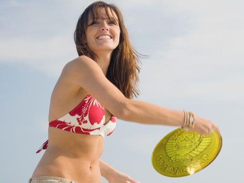 Sexy frisbee girl