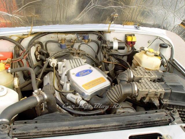 За данный УАЗ сейчас владелец просит 20 000$, хотя по сути от УАЗ 469 осталась одна рама.