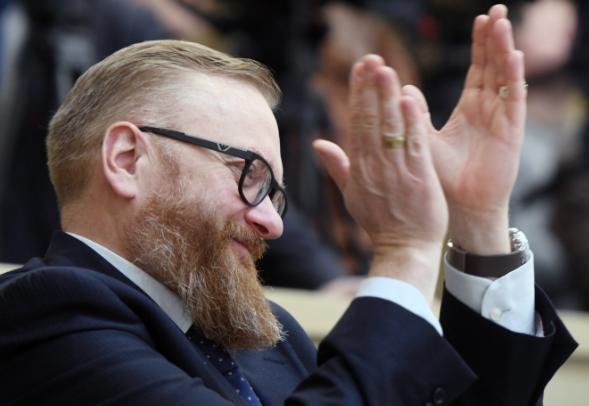 Милонов предложил Скворцовой объявить в России сухой закон