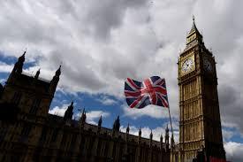 Первый пошел. Власти Великобритании начали арестовывать имущество олигархов
