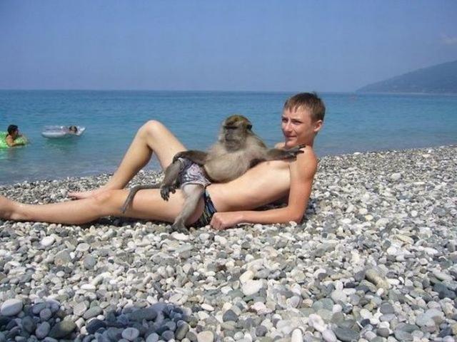 С любимой на пляже