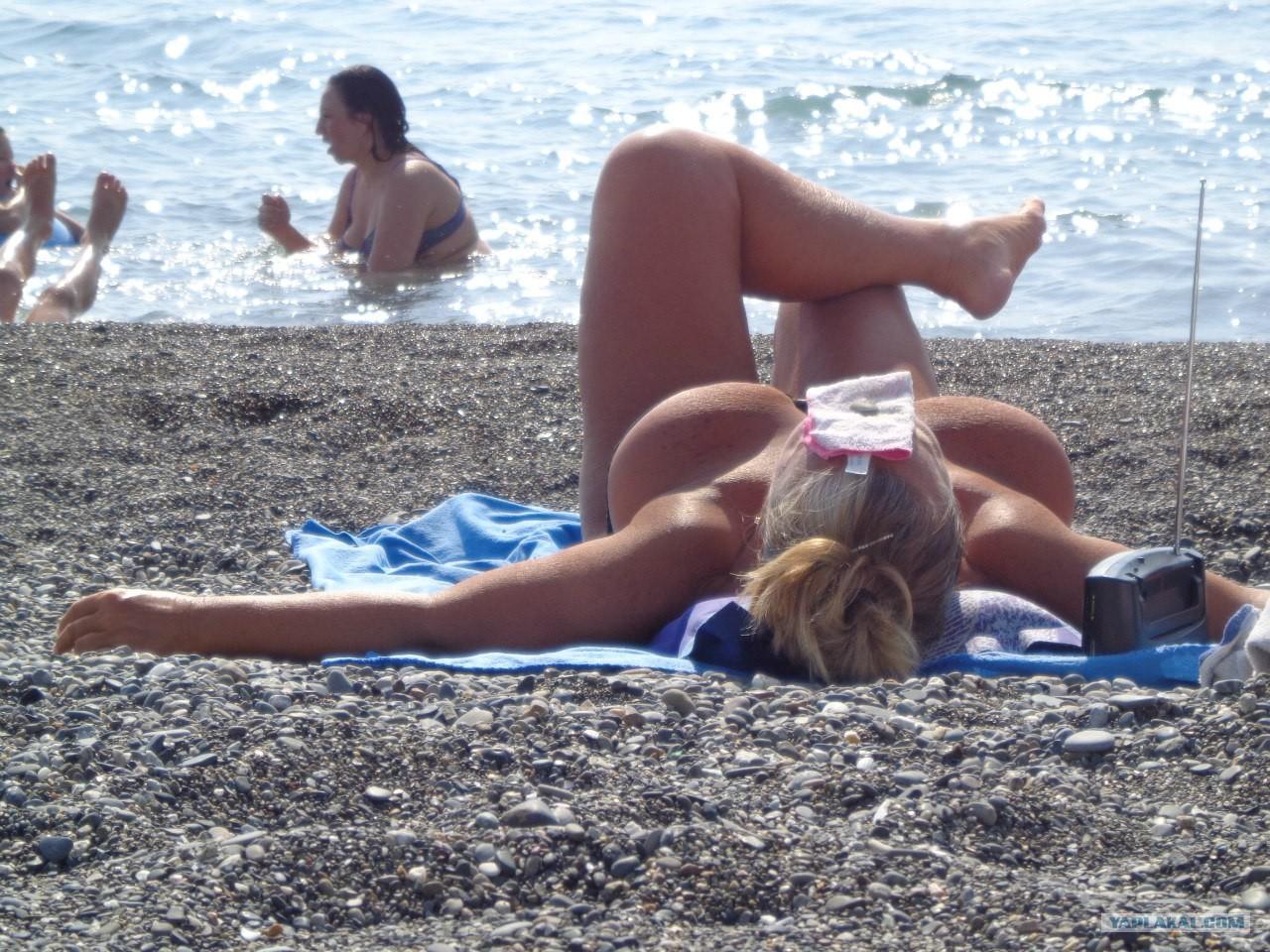 Фото нудистов сочи, Нудистские пляжи Сочи: секретные места, о которых не 16 фотография