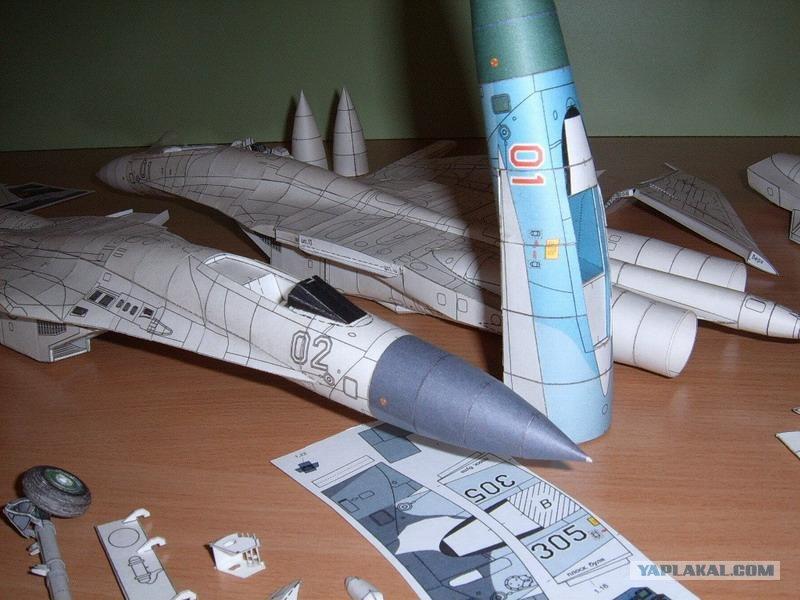 бумажную модель самолета