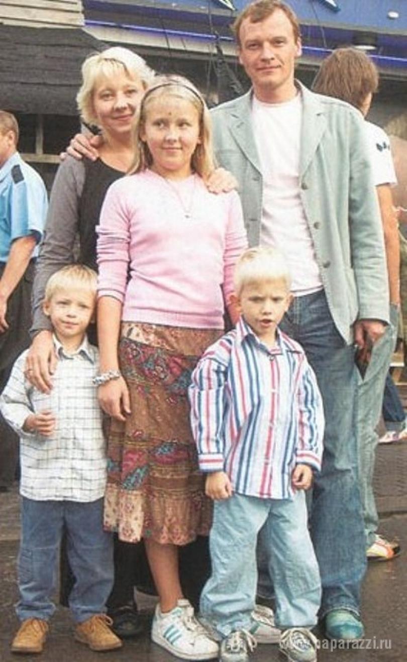 Серебряков жена дети фото