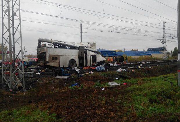 Не менее 16 человек погибли в ДТП с участием пассажирского автобуса и поезда на станции Покров Владимирской области