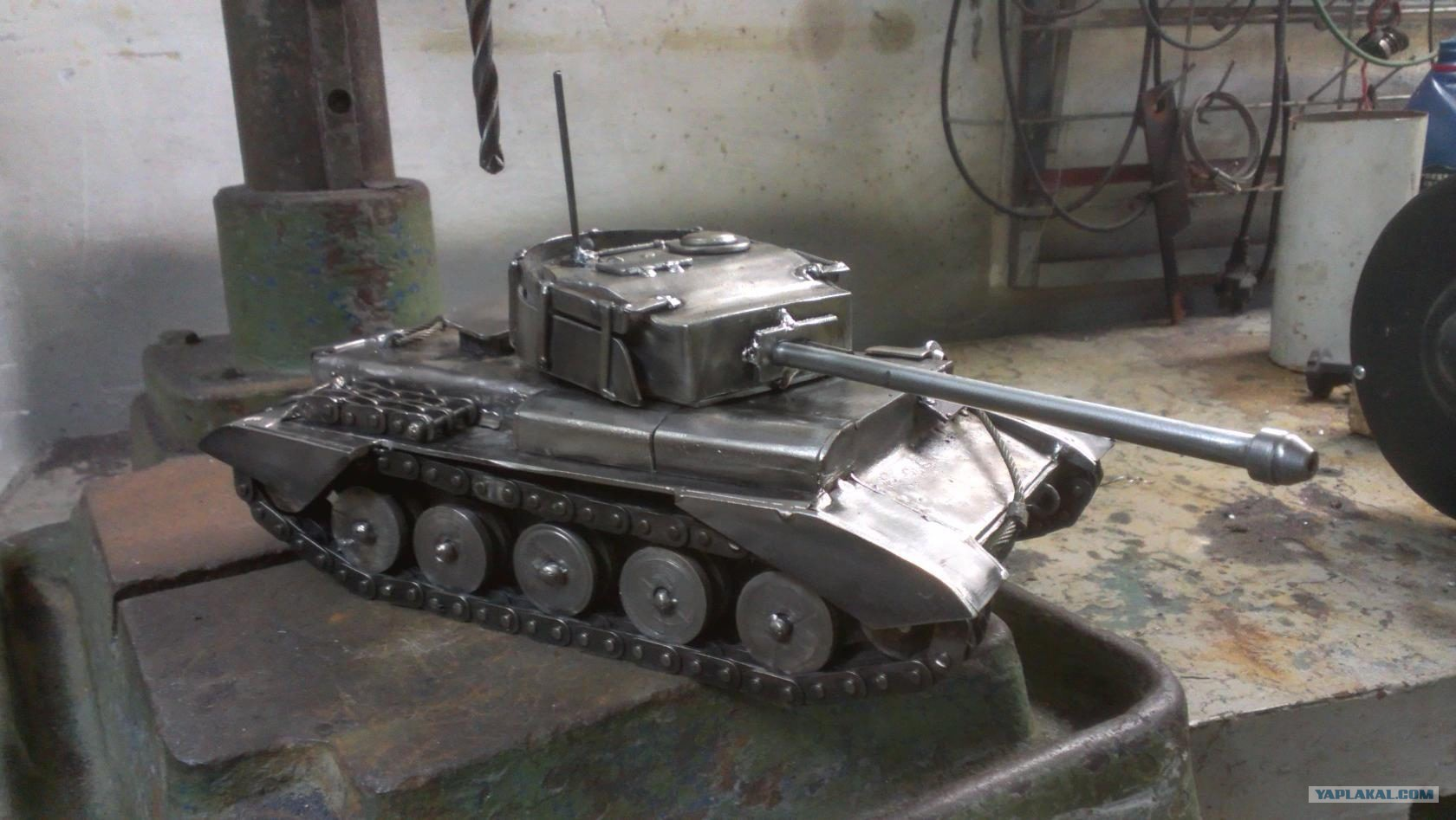 awesome metal tanks � the armored patrol