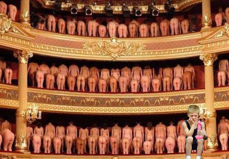 Шоу!!!Эротические фантазии в картинках. А я например в театр хочу.
