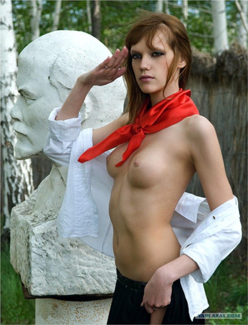 Сексуальный кастюм пионер важатой 6 фотография