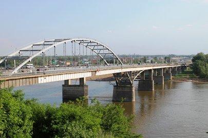 """На средства от системы """"Платон"""" в России открыли мост через реку"""