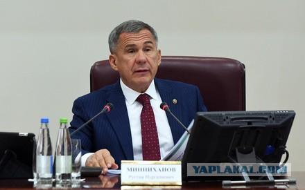 Президент Татарстана Рустам Минниханов раскритиковал федеральные телеканалы за трансляцию беспорядков в Париже