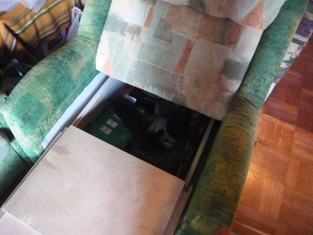 Продам мебель и интерьерные мелочи. СПб