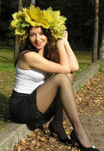 Фото красивых женских поп. девушки с красивыми ногами фото.