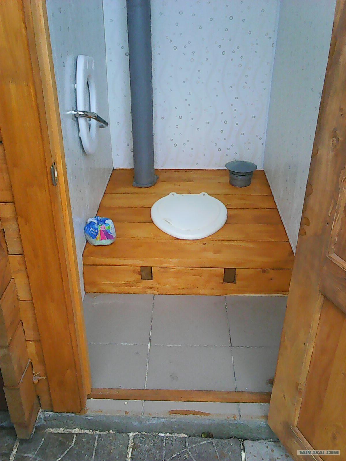Дворовые туалеты своими руками фото