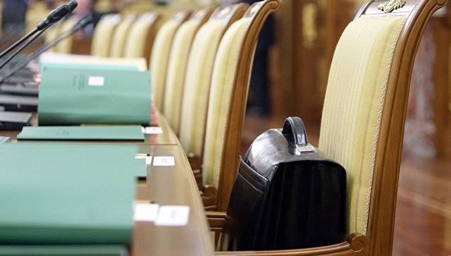 Совфед отказался приравнять зарплату сенаторов к средней по стране