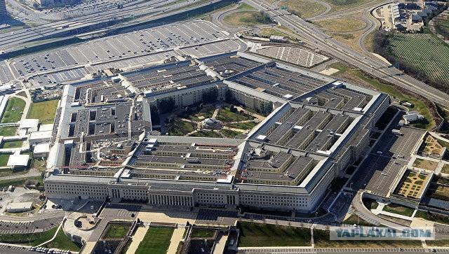 В Пентагоне заявили, что российский Су-27 перехватил самолет-разведчик США