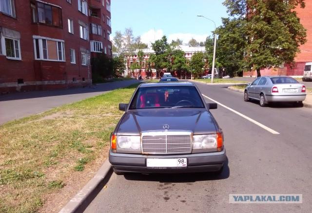 Mercedes-Benz W124, 1986