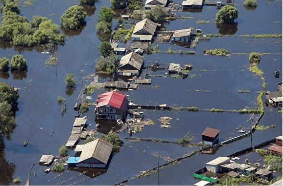 «У главы района чистят бассейн, а у людей питьевой воды нет»