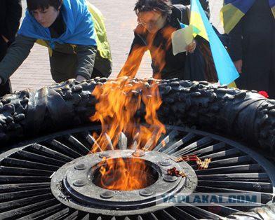 Пресс-секретарь одесского УДАРа сожгла на Вечном