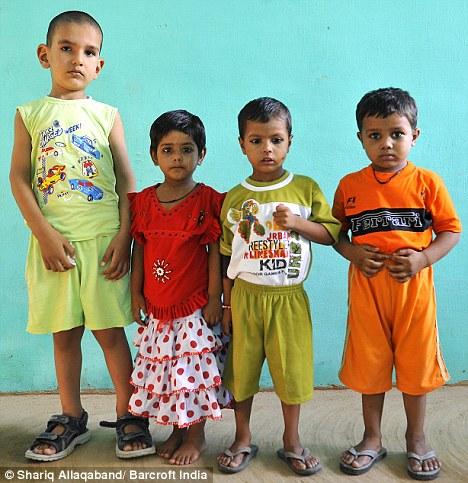 Индийский мальчик - самый высокий в мире