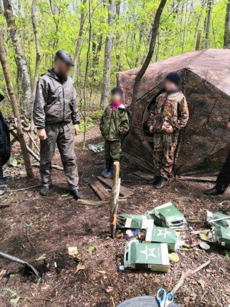 На жителя Приморья, который увёз своих детей в лес пережидать коронавирус, составили административный протокол