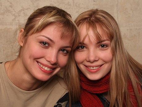 Как менялись двойняшки Оля и Таня Арнтгольц с течением времени