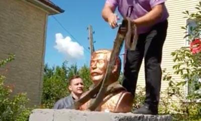 В российском регионе снесли незаконный памятник Сталину