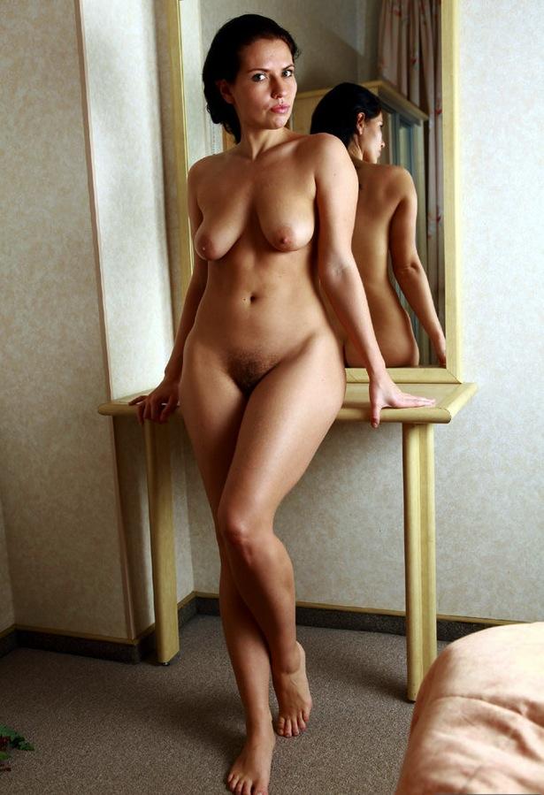 zrelie-golie-fotografiy
