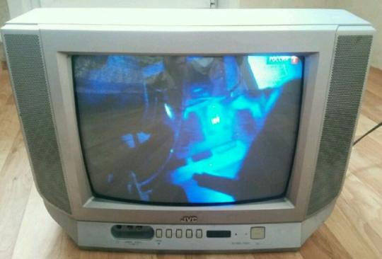 Продам дьявольский ящик -  Телевизор