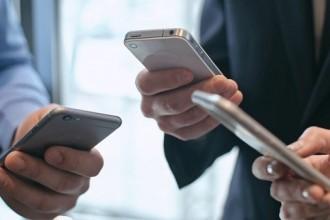 В Европе продажи iPhone рухнули на четверть. Это худший результат за пять лет